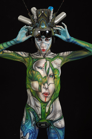 Airbrush body painting competition winner
